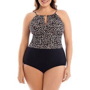 Catalina Suddenly Slim Women's One-Piece Plus-Size